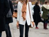 19-cool-ideas-to-wear-a-scarf-stylishly-this-spring-4