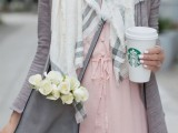 19-cool-ideas-to-wear-a-scarf-stylishly-this-spring-9