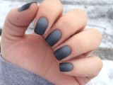 19-matte-and-hot-manicure-ideas-16