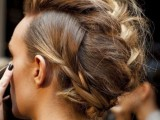 19-spooky-yet-chic-and-stylish-halloween-hairstyles-ideas-17