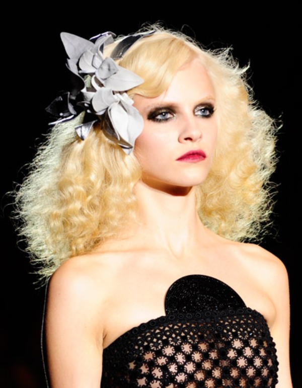 Picture Of spooky yet chic and stylish halloween hairstyles ideas  19