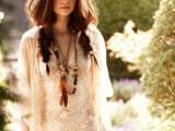 19-stylish-and-beach-worthy-summer-hairstyles-12