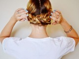 19-stylish-and-beach-worthy-summer-hairstyles-16