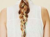 19-stylish-and-beach-worthy-summer-hairstyles-18
