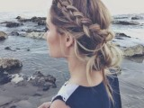 19-stylish-and-beach-worthy-summer-hairstyles-19