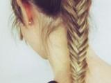 19-stylish-and-beach-worthy-summer-hairstyles-6