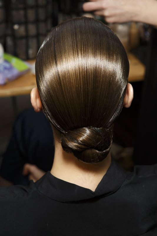 Picture Of stylish pulled back hairstyles for long locks  7