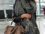 20 Amazing Oversized Scarves For Fall And Winter10
