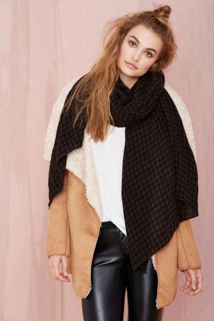 Picture Of Amazing Oversized Scarves For Fall And Winter 7