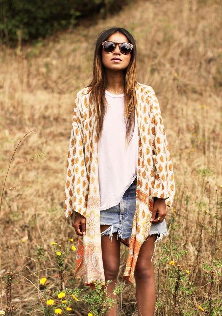 Picture Of Cool Outfits With A Kimono Jacket For This Summer 12