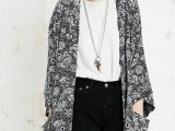 20 Cool Outfits With A Kimono Jacket For This Summer19