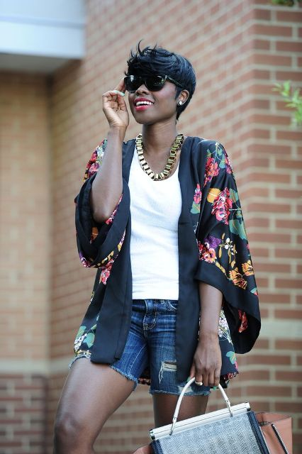 Picture Of Cool Outfits With A Kimono Jacket For This Summer 6