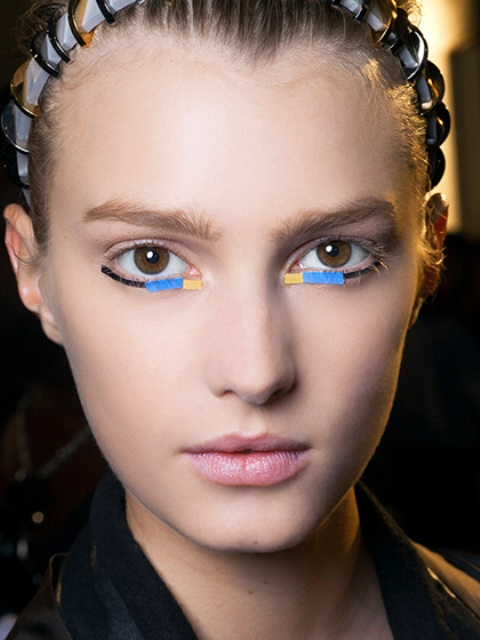Ideas To Wear Bright Makeup This Spring