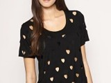 20 Ideas Of Heart Print Shirts For Valentine's Day9