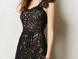 20 Ideas Of Little Black Dress For Valentine's Day Date7