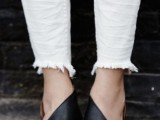 20 Trendy Flat Black Sandals For This Summer14