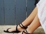 20 Trendy Flat Black Sandals For This Summer2