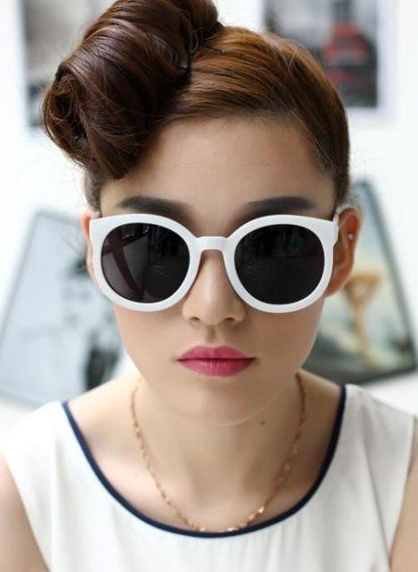 trendy glass frames n4b1  Trendy White Frame Sunglasses For This Summer