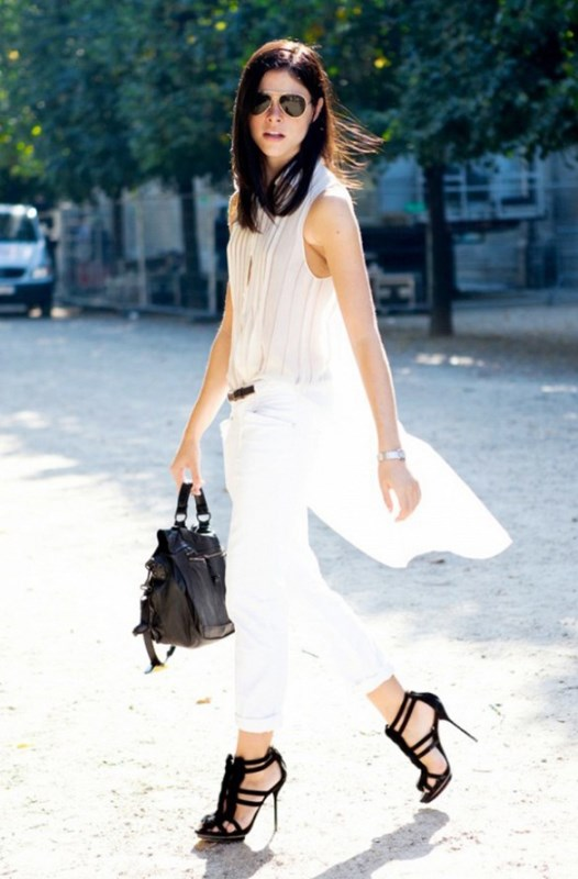 Picture Of awesome ways to wear white jeans this summer  11