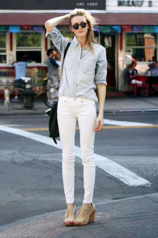 Picture Of awesome ways to wear white jeans this summer  15