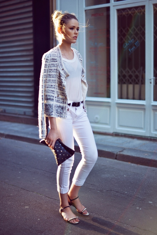 Picture Of awesome ways to wear white jeans this summer  16