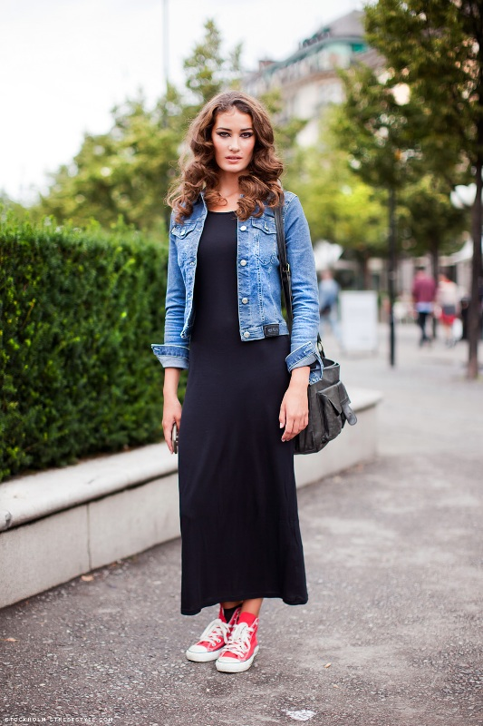 Picture Of cool and trendy ways of wearing a jean jacket  19