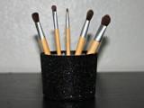 20-cool-makeup-brush-holders-every-girl-needs-12