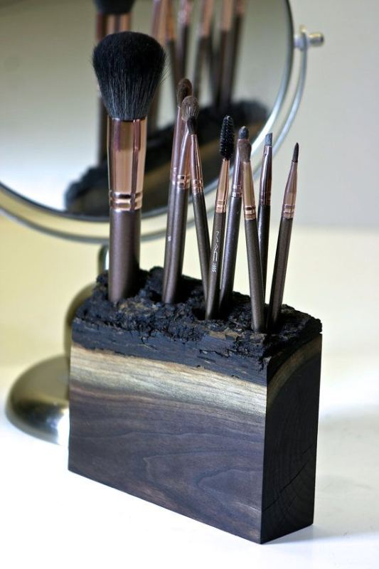 Picture Of cool makeup brush holders every girl needs  2
