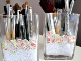 20-cool-makeup-brush-holders-every-girl-needs-3