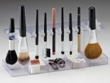 20-cool-makeup-brush-holders-every-girl-needs-7