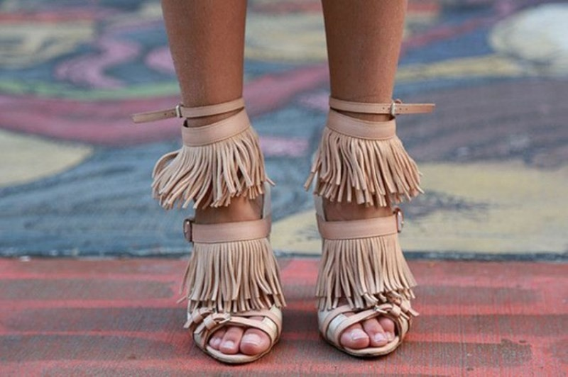 Picture Of cool ways to get into fringe fever stylishly  15