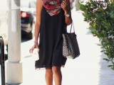 20-cool-ways-to-rock-dark-colors-in-the-summer-13
