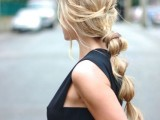 20-effortlessly-chic-vacation-hairstyles-to-recreate-11