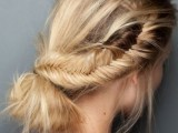 20-effortlessly-chic-vacation-hairstyles-to-recreate-13