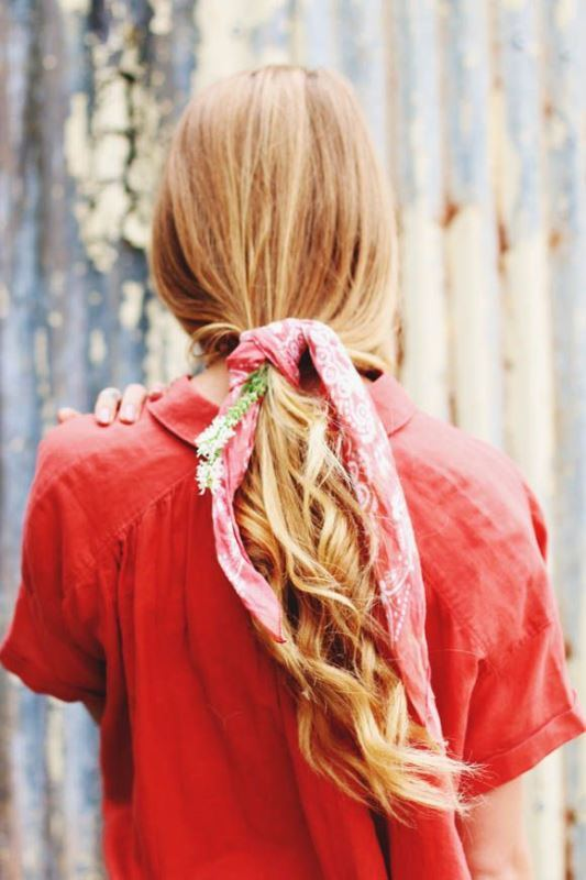 Picture Of effortlessly chic vacation hairstyles to recreate  16