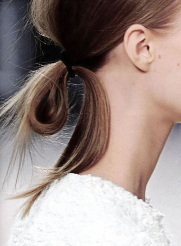Picture Of effortlessly chic vacation hairstyles to recreate  19