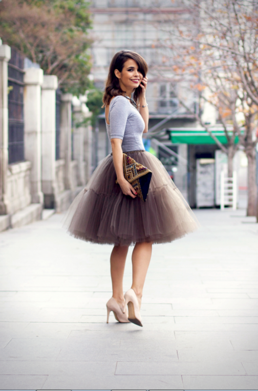 Picture Of fab ways to wear a feminine tulle skirt  1