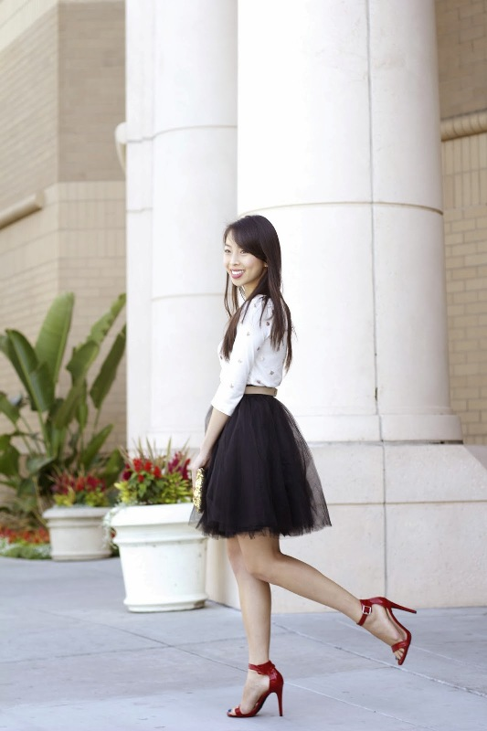 Picture Of fab ways to wear a feminine tulle skirt  10