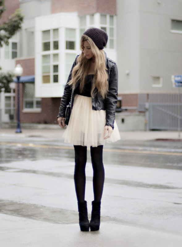 Picture Of fab ways to wear a feminine tulle skirt  15
