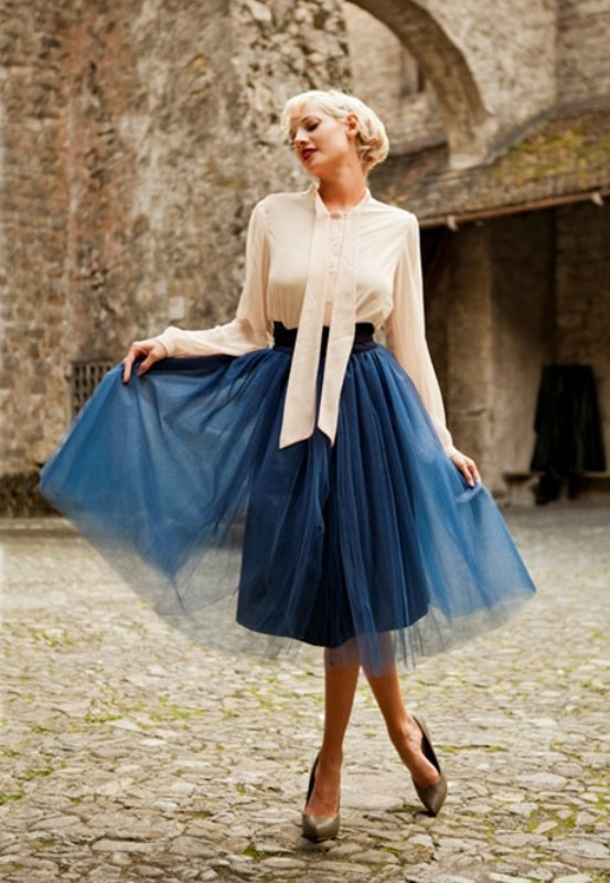 picture of fab ways to wear a feminine tulle skirt 18