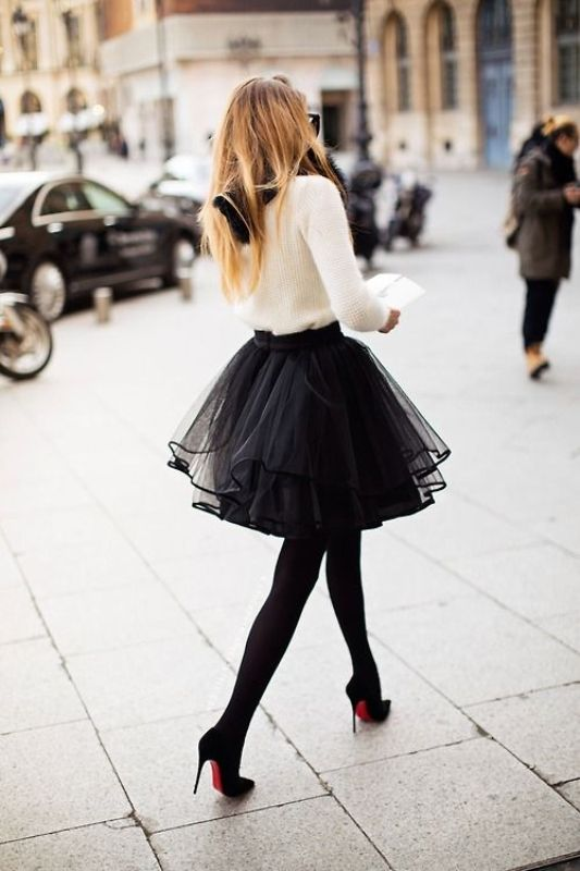 Picture Of fab ways to wear a feminine tulle skirt  2