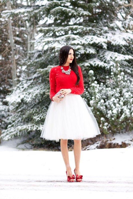 Picture Of fab ways to wear a feminine tulle skirt  6