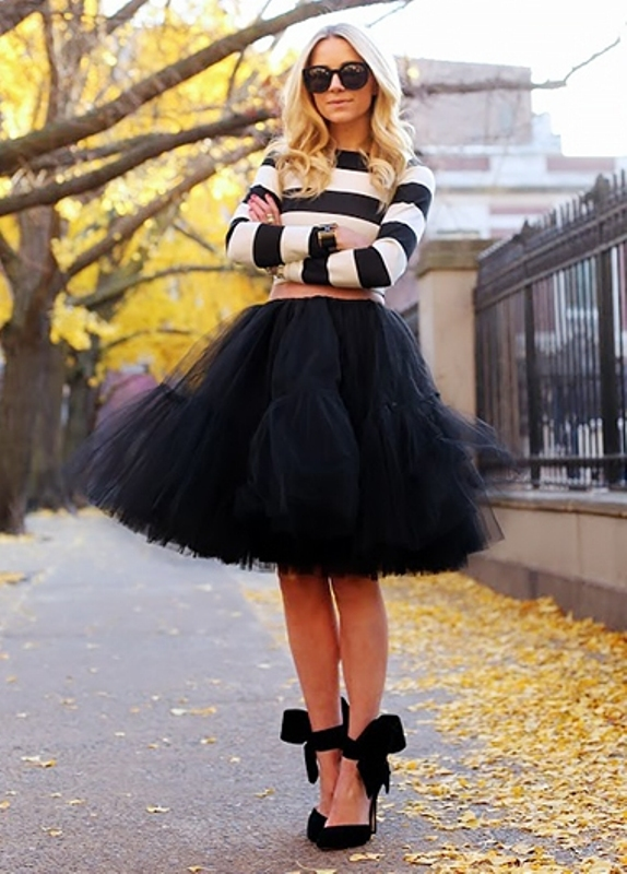 Picture Of fab ways to wear a feminine tulle skirt  9