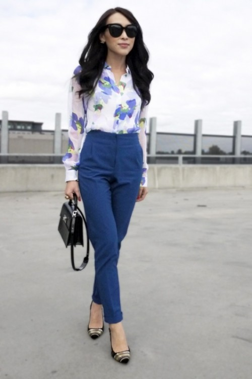 20 Office Appropriate Women Outfits With Floral Prints
