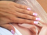 20-prettiest-ways-to-wear-pink-nails-now-19