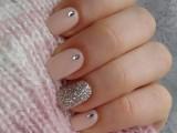 20-prettiest-ways-to-wear-pink-nails-now-6