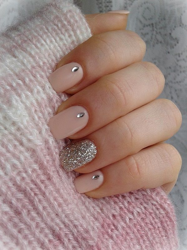 Picture Of prettiest ways to wear pink nails now  6