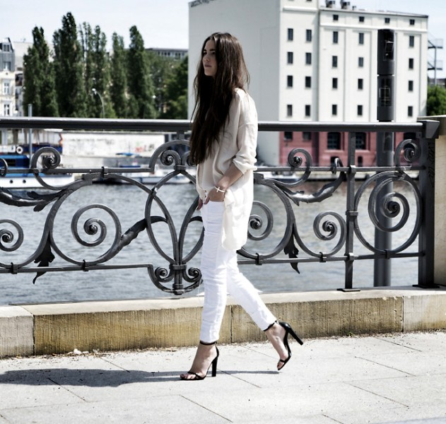 Picture Of stunning ways to rock white on white  15