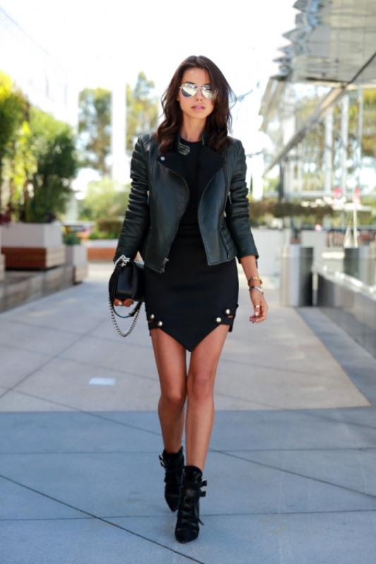 Picture Of stylish and fresh ways to wear a motorcycle jacket  2