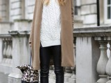20-stylish-cable-knit-sweaters-to-warm-up-this-winter-1